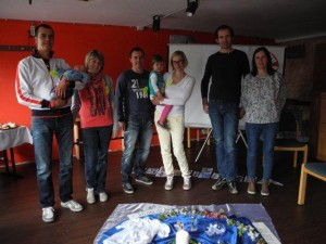 Von links: Günther, Alex, Sandra, Reini, Aline, Christa, Daniel, Dorothea.
